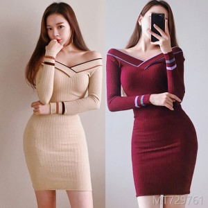 2008 Korean version temperament V-collar stitching striped knitted slim rabbit velvet dress