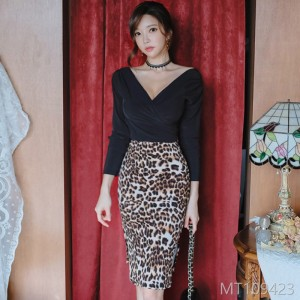 2008 Autumn Dress New Korean Style V-neck Trim Bodice Fashion Pack Hip Leopard Print Half-length Skirt Suit