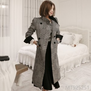 2008 Korean version of temperament Qianbi lattice double-breasted retro Plaid body-building wool coat woman
