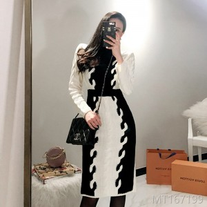 2008 Korean version of temperament and self-cultivation medium and Long-style knitted matching color fashion sweater dress with buttocks