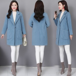 Long and medium-length new style of loose and slim Hepburn woolen jacket in autumn, winter and Korean editions in 2018