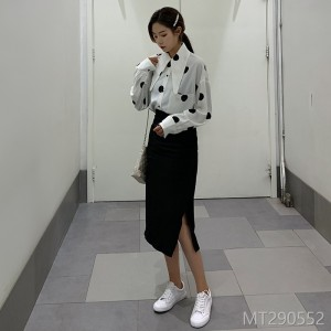 2019 Point Printed Shirt + Shorts + A-shaped Skirt Suit Two-piece Set