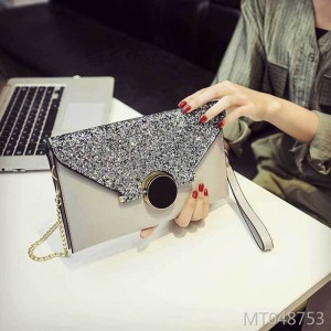 Korean version personality fashion handbag with all kinds of temperament