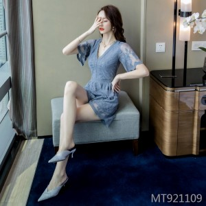 2019 new slim fashion dress