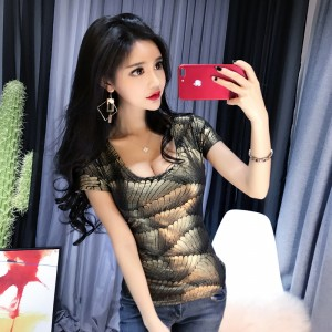2019 new Korean nightclub sexy U-neck slim short-sleeved t-shirt