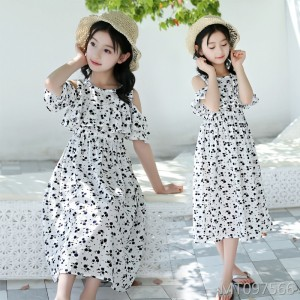 2019 new Korean version of black and white floral cotton girl off-shoulder beach skirt