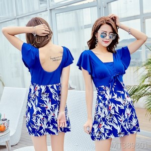 2019 new skirt style slim fit swimming