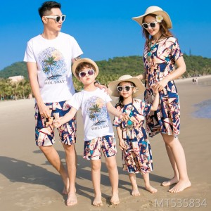 New fashion beach parent-child couple family three family decoration