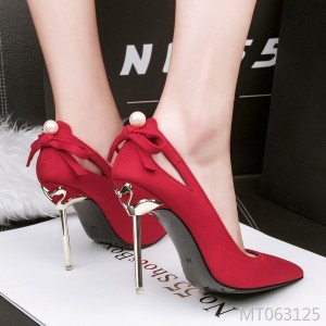 Korean version of the pointed openwork bow suede high heels