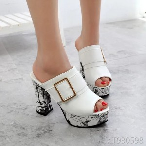 2019 new sandals women's slippers Korean version of the fish mouth high heels