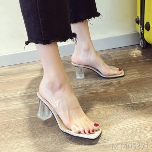 Tide fashion fairies wear transparent thick heel slippers