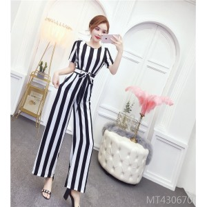 Temperament was thin and small fragrance with striped high waist jumpsuit tide
