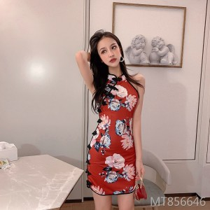 Row of hanging neck strapless printed retro cheongsam