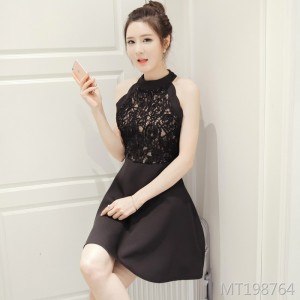 Sexy hanging neck flower lace slim slimming dress