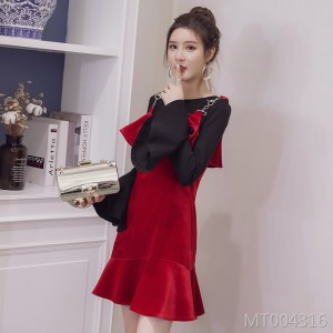 Slim skirt with red knit dress
