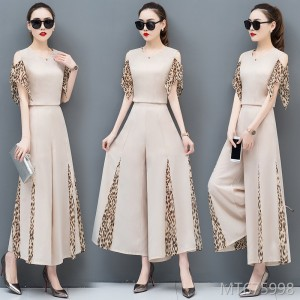 The new Korean version of the goddess Fan temperament fashion two-piece