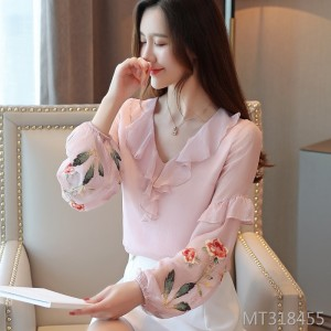Embroidered foreign small shirt lace is very popular top double layer