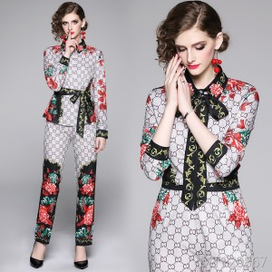 Printed shirt + slim slimming positioning print pants