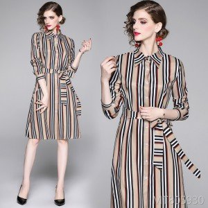 Wild loose tie positioning print dress