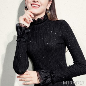 Long-sleeved t-shirt with a half-high collar and a velvet top