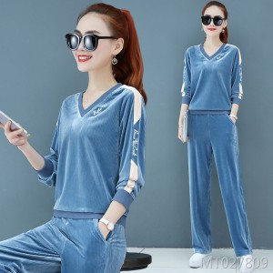 Fashion two-piece v-neck tops, morning run, wide-leg pants, casual wear