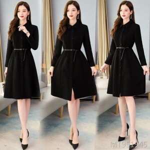 Popular Korean version of thickened Hepburn style woolen coat in winter