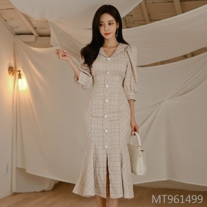 2019 autumn and winter new women's single-breasted ruffle dress