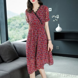 V-neck lace stitching temperament chiffon thin print dress