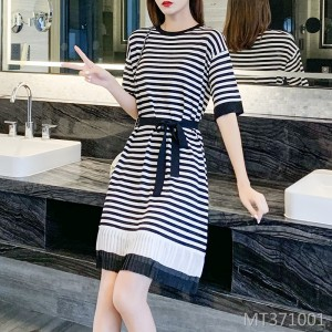 2020 new mid-length short-sleeved ice silk knitted dress