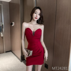 2020 new backless tube top low chest sweet slim package hip skirt hit