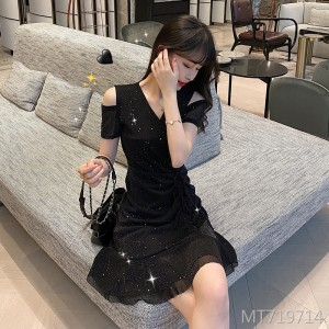 2020 new celebrity Hepburn style little black dress sweet and thin slim jumpsuit